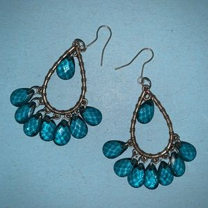 Tear Drop Silver & blue detailed earrings